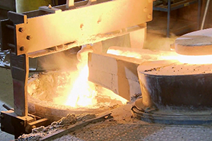 High-grade steel casting completely without fire